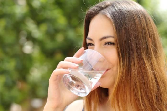 Dieta cu apă caldă, cea mai simplă cură de slăbire. Transformări uimitoare ale siluetei